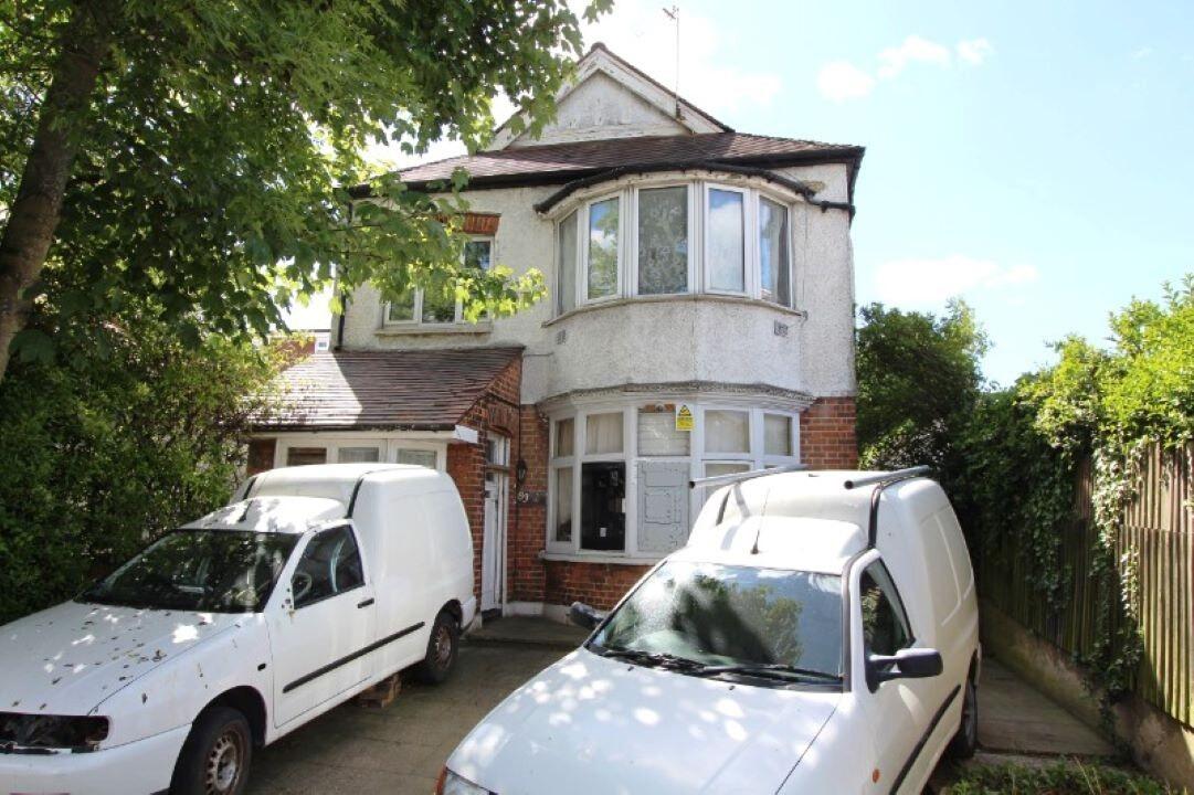 83(A) Vivian Avenue Hendon, NW4 3EL