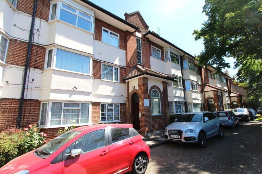 226 Sandringham Court, Alexandra Avenue, South Harrow, Middlesex, HA2 9BX